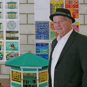 Claude Sandoz (rechts) hat den Kunst-Wettbewerb für die Gestaltung des Schulhauses Staffeln gewonnen. (Bild: PD)