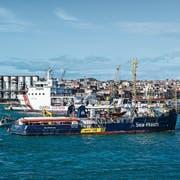 Das Rettungsschiff Sea Watch3 im Hafen der sizilianischen Stadt Catania. (Bild: Fabrizio Villa/Getty, 31. Januar 2019)