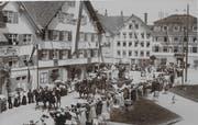 Eine Ansichtskarte zeigt den Festumzug von 1907. (Bild: PD)