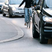 Am 23. September wird auf Bundesebene über den Gegenvorschlag zur Velo-Initiative entschieden. Der St.Galler Stadtrat erhofft sich vom Ja zur Vorlage mehr Möglichkeiten zur Verbesserung der Velo-Infrastruktur. (Bild: Christian Beutler/KEY)