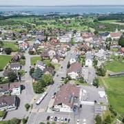 Laut Gemeindepräsident Paul Bühler wird nicht die ganze Dorfstruktur über den Haufen geworfen. (Bild: Ralph Ribi (28. Mai 2018))