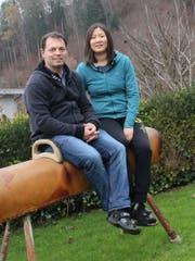 Für Marcel und Xiaohua Erni-Zhang steht an Weihnachten die Familie im Mittelpunkt. (Bild: Martin Knoepfel)