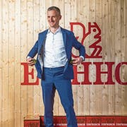 Heineken-Schweiz-Chef Bart De Keninck am Eichhof-Sitz in Luzern. Bild: Dominik Wunderli (10. April 2019)