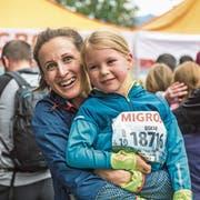 Franziska Barmettler und ihr Göttibub Oskar haben die Strecke mit Bravour gemeistert. (Bild: Dominik Wunderli, 4. Mai 2019)