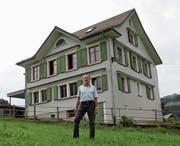 Hans Fluri unterrichtete seit 1984 bis zum Ende des letzten Schuljahres Primarklassen im Schulhaus Schönenberg oberhalb von Wattwil. (Bild: Martin Knoepfel)