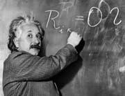 Albert Einstein ist der Begründer der Relativitaetstheorie, die er von 1914 bis 1916 entwickelte. (Bild: Keystone)