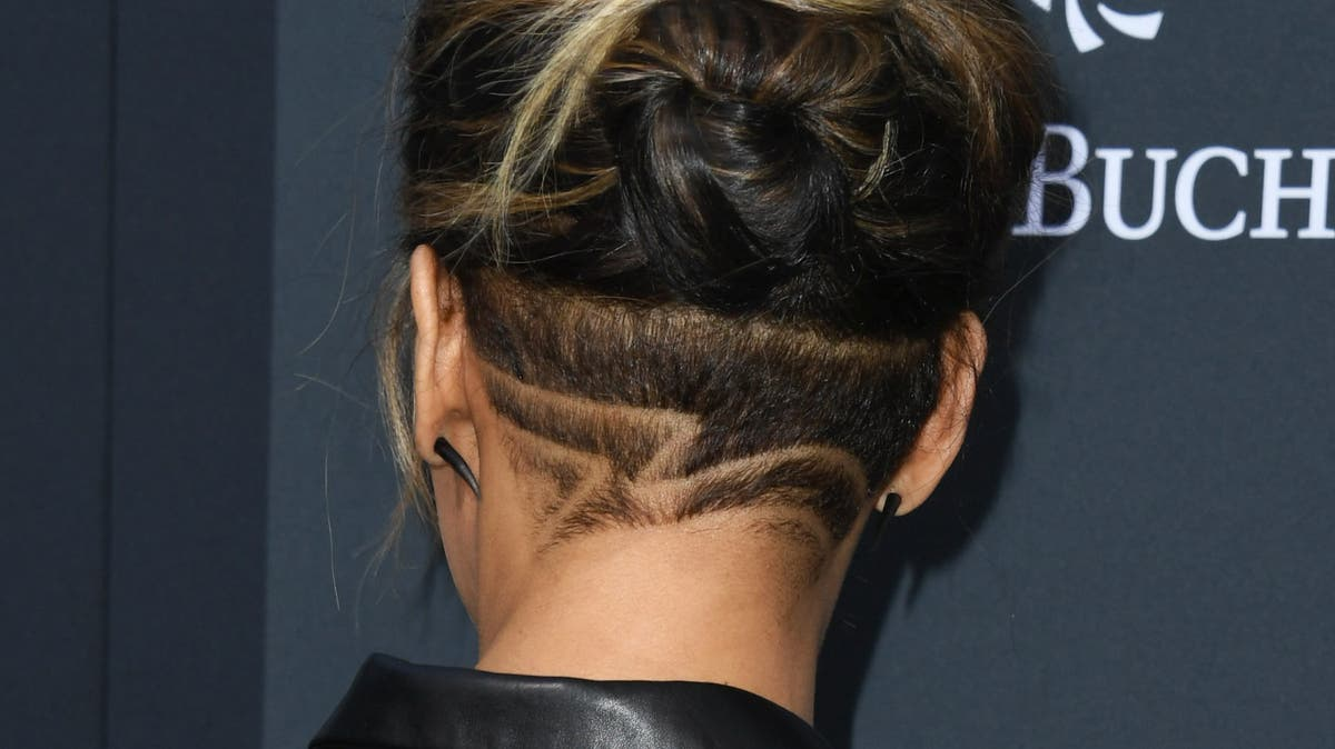Lange hinten frau undercut haare Kurze Haare