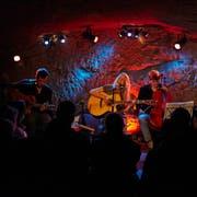 Kulturveranstalter auf dem Land – im Bild Jaël Malli im Konzertkeller «Im Schtei» in Sempach – können neu für Projekte Gelder aus dem Kulturförderfonds beantragen. (Bild: Marco Sieber, 31. Oktober 2013)