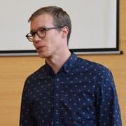 Andrey Albrecht, Deutschlehrer der Klasse 1b an der Kanti Wil. (Bild: David Grob)