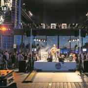 Das KKL ist ein gewichtiger Grund für die Ausstrahlung des Blue Balls Festivals. (Bild: Manuela Jans-Koch (Luzern, 26. Juli 2018))