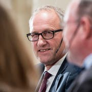 CVP-Bundesratskandidat Peter Hegglin sagt, dass er sich auf Auslandreisen in Englisch verständigen könne. (Bild: KEYSTONE/Peter Schneider)