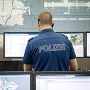 In Sachen Islamismus arbeiten die Luzerner Behörden im Ernstfall mit dem Nachrichtendienst des Bundes zusammen. Blick in die Einsatzleitzentrale der Luzerner Polizei. (Bild: Pius Amrein, Luzern, 6. Juni 2017) D