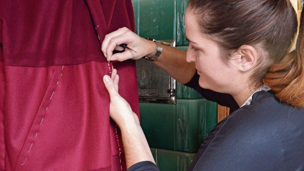 STARKENBACH: Spezielle Kleider aus dem Stall | St.Galler ...