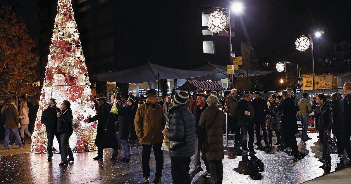 Weihnachtsbeleuchtung Auf Rechnung.Risch Gemeinderat Will Mehr Licht Für Die Adventszeit Luzerner