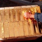 Nicht nur in Bern lagert die Nationalbank Goldreserven, sondern auch im Berg bei Kandersteg. (Archivbild: Martin Ruetschi/Keystone)