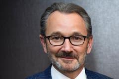 Der CVP-Politiker Raymond Loretan ist Ex-SRG-Präsident und mittlerweile Präsident der Klinikgruppe Swiss Medical Network. Amherd sitzt bei der Klinikgruppe im Verwaltungsrat.