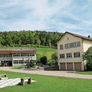 Das Kantonale Jugendheim Platanenhof wird 125 Jahre alt. Die Verantwortlichen wollen das Jubiläum nicht feiern, aber dennoch die Arbeit aller Beteiligten würdigen. (Bilder: Tobias Söldi)