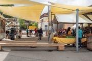 Der Ebnat-Kappler Frischmarkt wird auch dieses Jahr wieder regelmässig auf dem Bahnhofplatz durchgeführt. (Bild: Sascha Erni)