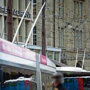 Zur Abstimmung stehen sowohl die Anschaffung 17 neuer Elektro-Trolleybusse als auch der Ausbau des Fahrleitungsnetzes um sechs Kilometer. (Bild: Benjamin Manser)