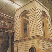 Aussenfassade mit handgeschnittenen Holzschindeln. (Bild: PD)