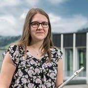 Karin Wüthrich auf dem Gelände der Kanti Schüpfheim. Bild: Pius Amrein (15.Juni 2018)
