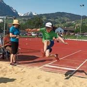 Die Kinder erbrachten tolle Leistungen, beim Weitsprung wie auch bei den anderen Disziplinen. (Bild: PD)