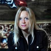 Nicole Dill bei der Veröffentlichung ihres Buchs «Leben! Wie ich ermordet wurde». (Bild: Nadia Schärli (Luzern, 25. Oktober 2010))