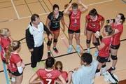 Trainer Marcel Erni hat mit Volley Toggenburg quasi auf den letzten Drücker die Teilnahme zur Aufstiegsrunde in die Nationalliga A geschafft. Nun bleiben acht Spiele, um den Traum wahr werden zu lassen. (Bild: Beat Lanzendorfer)
