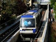 In Lausanne ersetzte die Métro-Linie M2 (Bild) im Jahr 2008 die frühere Zahnradbahn zwischen Ouchy am Genfersee und dem höhergelegenen Stadtzentrum. (KEYSTONE/Dominic Favre)