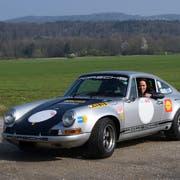 Kristiane Vietze am Steuer ihres Porsche ST, mit dem sie am Rennen startet. (Bild: pd)