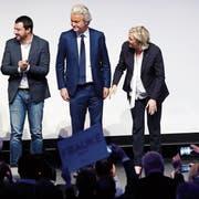 Von links: Matteo Salvini (Lega), Geert Wilders (Partei für Freiheit), Marine Le Pen (Rassemblement National) und Frauke Petry (AfD) beim Kongress «Freiheit für Europa». Bild: Michael Probst/AP (Koblenz, 21. Januar 2017)