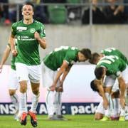 St.Gallens Lukas Görtler bejubelt gegen Servette sein erstes Tor für den FC St.Gallen. (Bild: Gian Ehrenzeller/Keystone)