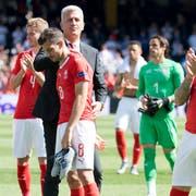 Die Schweizer nach der Niederlage gegen England im Spiel um Platz 3. (Bild: Jean-Christophe Bott/Keystone)