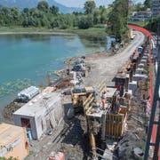 Die Baustelle des Einlaufbauwerks im Zwetschgenmätteli. (Bild: Boris Bürgisser, Sachseln, 10.Juli 2019)