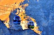 Zwei Gondeln der Frutt-Bahn. (Bild: Markus von Rotz)