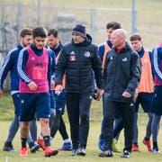 Der neue FCL-Trainer Thomas Häberli (Mitte) sorgt für Aufbruchstimmung. (Bild: Martin Meienberger/Freshfocus (Luzern, 22. Februar 2019))