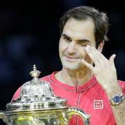 Roger Federer musste bei der Pokalübergabe weinen. (Bild: Freshfocus)