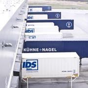 Kühne + Nagel setzte im vergangenen Jahr fast 10 Prozent mehr um. (Bild: Volkmar Schulz/Keystone, Hamburg, 4. November 2009)