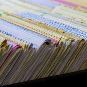 Für einen Teil der Ärzte könnte die Patientenakte auf Papier bald Geschichte sein. (Bild: Fotolia)