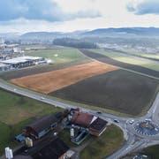 ESP Wil West: Am südöstlichen Ende Münchwilens sind 1500 bis 2000 und in der angrenzenden Industriezone Gloten (Gemeinde Sirnach) 250 bis 1000 Arbeitsplätze möglich. (Bild: Hanspeter Schiess/Urs Bucher)