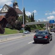 Der Kanton Luzern hat entlang der Kantonsstrasse K17 durch Ebikon bis zum Kreisel Weichle die Höchstgeschwindigkeit 50 km/h angeordnet. (Bild: PD)