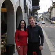 Auf der Suche nach einem neuen Lokal: Mirek Rohan und seine Freundin Manuela. (Bild: Noah Salvetti)