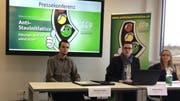 Komiteemitglieder bei der Medienkonferenz in Emmen. (Bild: Lucien Rahm, 11. Februar 2019)
