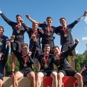 Das Podest am Eidgenössischen Turnfest. Der STV Dozwil gewann die Goldmedaille. (Bild: PD)