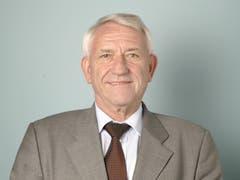 Der Nidwaldner Eduard Engelberger war FDP-Nationalrat von 1995 bis 2011, ist ehemaliger Regierungsrat und war zudem Präsident des Schweizerischen Gewerbeverbandes von 2004 bis 2010. (KEYSTONE/Martin Ruetschi, Bern, 4. Dezember 2003)