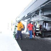 Die Skiarena Andermatt-Sedrun bietet ab dieser Wintersaison Familienparkplätze in der Nähe der Gondelbahn Gütsch-Express an. (Archivbild: Elias Bricker)