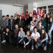 27 Jugendliche wollten sich einen ersten Eindruck vom neuen Raum verschaffen. (Bild: Hannelore Bruderer)