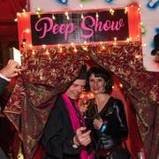 Hereinspaziert und willkommen im Cabaret der Vereinigten! (Bild: Roger Grütter, Luzern 16. Februar 2019)