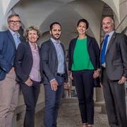 Der Stadtrat um Stadtpräsidentin Susanne Hartmann (2. von rechts) soll sparen: So lautet die Forderung der Abstimmungssieger. (Bild: PD)