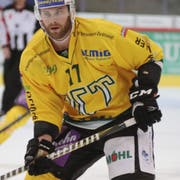 Kenny Ryan und der HC Thurgau können in dieser Saison auswärts gegen die EVZ Academy nicht gewinnen. (Bild: Mario Gaccioli, Kloten, 22. September 2018)